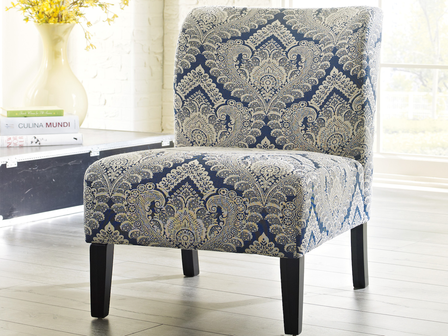 Honnaly   Accent Chair, 53303, Accent Chairs by Midha Furniture to Brampton, Mississauga, Etobicoke, Toronto, Scraborough, Caledon, Oakville, Markham, Ajax, Pickering, Oshawa, Richmondhill, Kitchener, Hamilton and GTA area