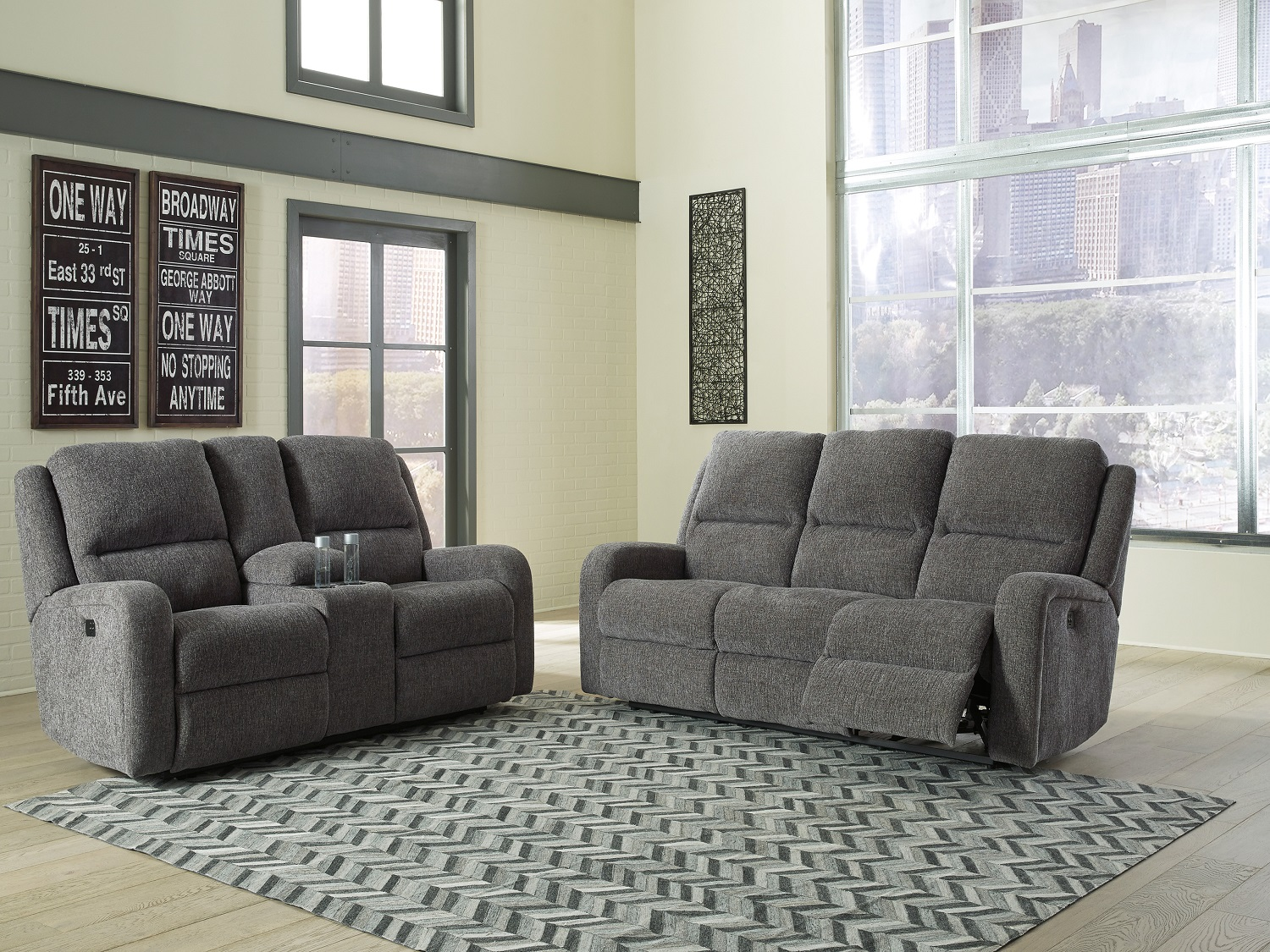 Krismen, 781, Recliners by Midha Furniture to Brampton, Mississauga, Etobicoke, Toronto, Scraborough, Caledon, Oakville, Markham, Ajax, Pickering, Oshawa, Richmondhill, Kitchener, Hamilton and GTA area