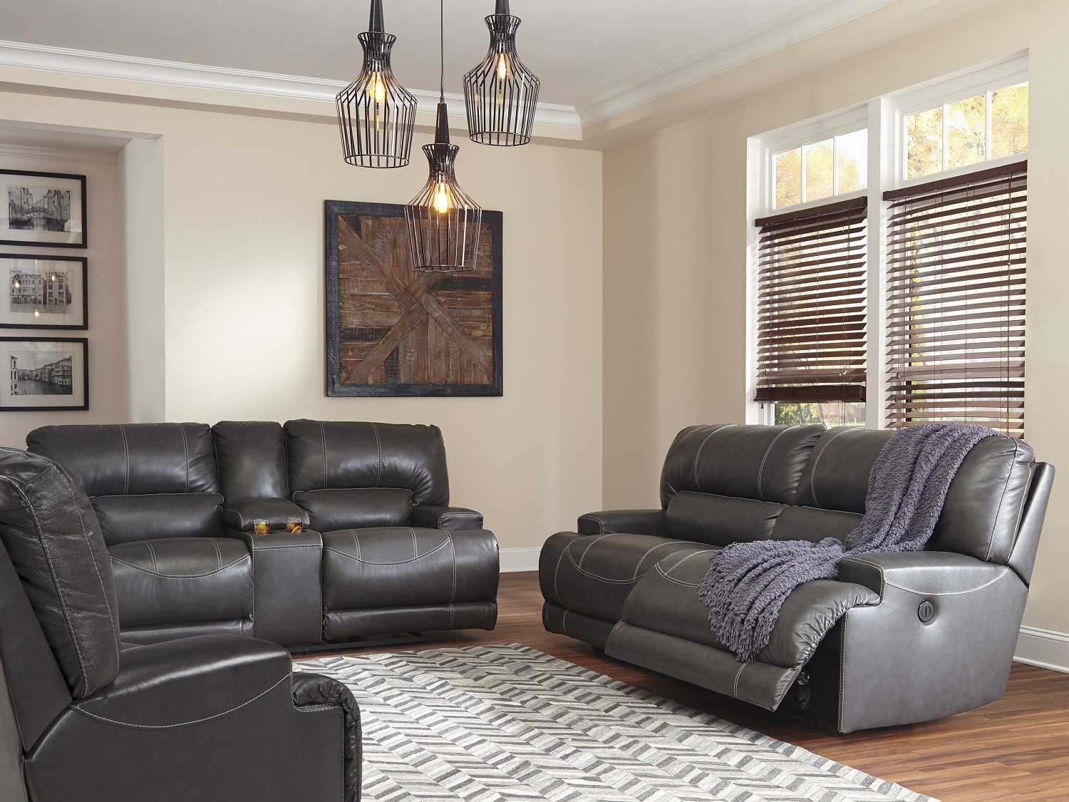 Maccaskil, U609, Recliners by Midha Furniture to Brampton, Mississauga, Etobicoke, Toronto, Scraborough, Caledon, Oakville, Markham, Ajax, Pickering, Oshawa, Richmondhill, Kitchener, Hamilton and GTA area