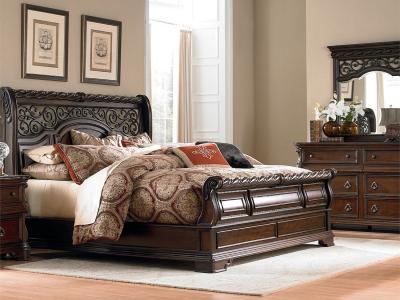 Arbor Place Queen Size Set