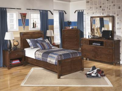 Delburne Panel Bed