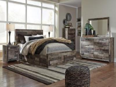 Derekson 7 pc Bedroom Set