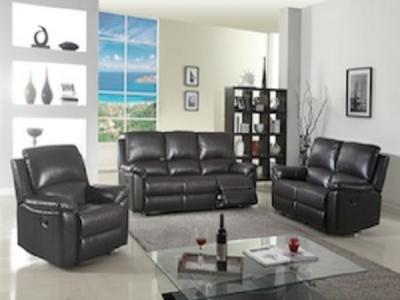 KENNELEY CHCOLATE Sectionals & Recliners