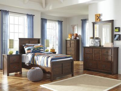 Ladiville Panel Bed